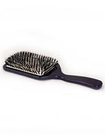 Acca Kappa Blue Paddle Brush:  (© Great Lengths)